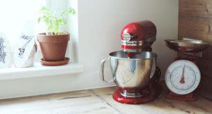 KitchenAid und Küchenwaage von Sabrina Jäger; Fotocredit: Sabrina Jäger