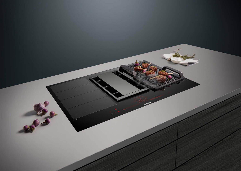 Der Siemens Kochfeldabzug inductionAir ist sowohl als Abluft- als auch als Umluftlösung erhältlich. Foto: Siemens