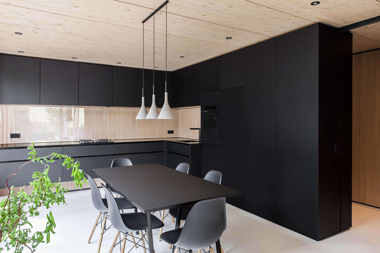 Schwarze Kuche Bilder Ideen Fur Dunkle Kuchen Kuchenfinder