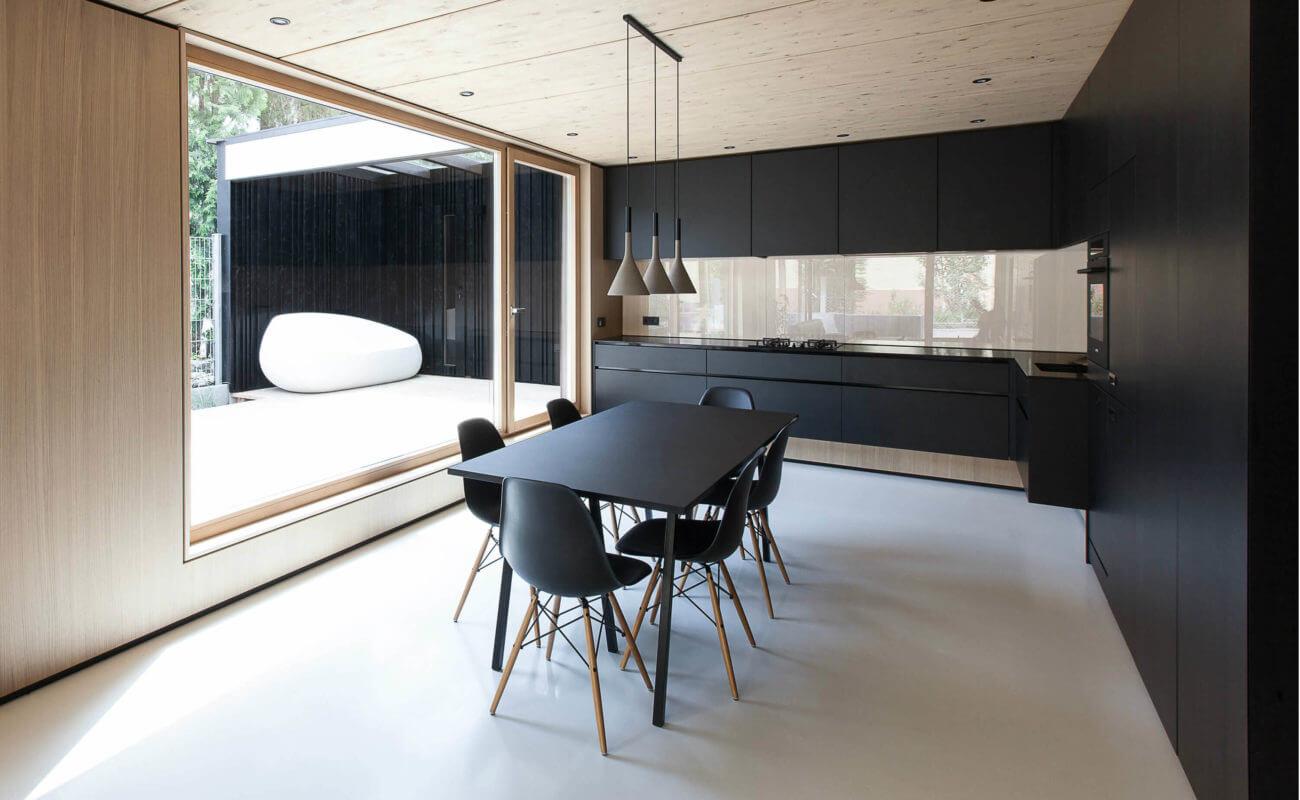 Gut gemocht Schwarze Designer-Küche: Moderne Küche im skandinavischen Stil VK89
