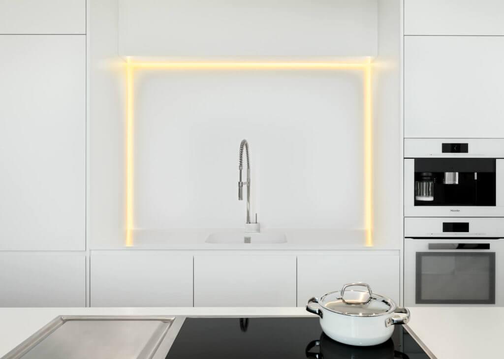 LED-Beleuchtung, Foto: Küchenstudio Gutsmidl GmbH