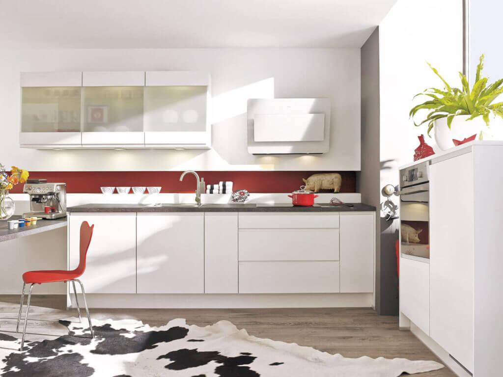 Einzeilige Küchen: Vorteile, Nachteile, Beispiele und Bilder für