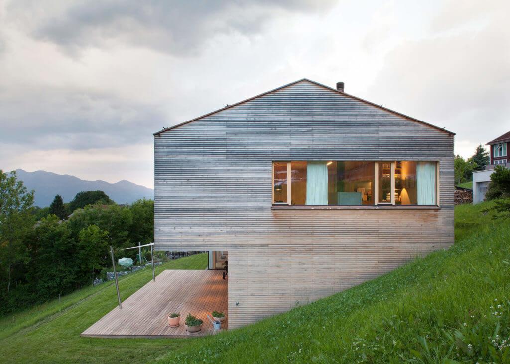 Modernes Holzhaus am Land Foto: Dietrich | Untertrifaller (Angela Lamprecht)