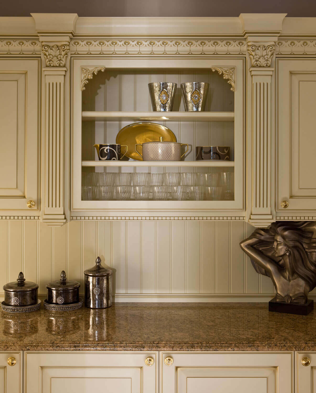 Moderne Landhausküche Mit Kochinsel: Rustikale Tradition