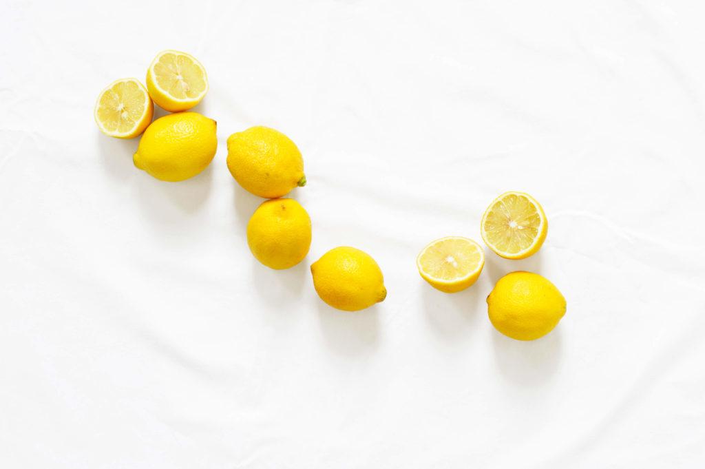 Mit diesem Trick lassen sich Zitronen leichter auspressen