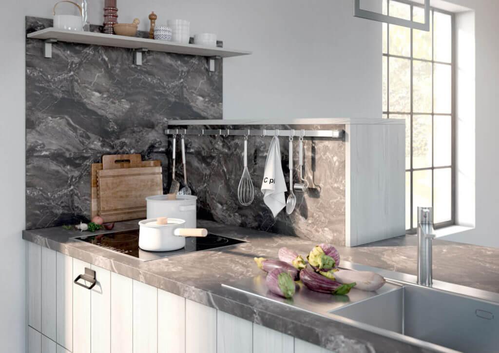 Arbeitsplatte aus Stein in Marmor-Optik; Foto: Alno