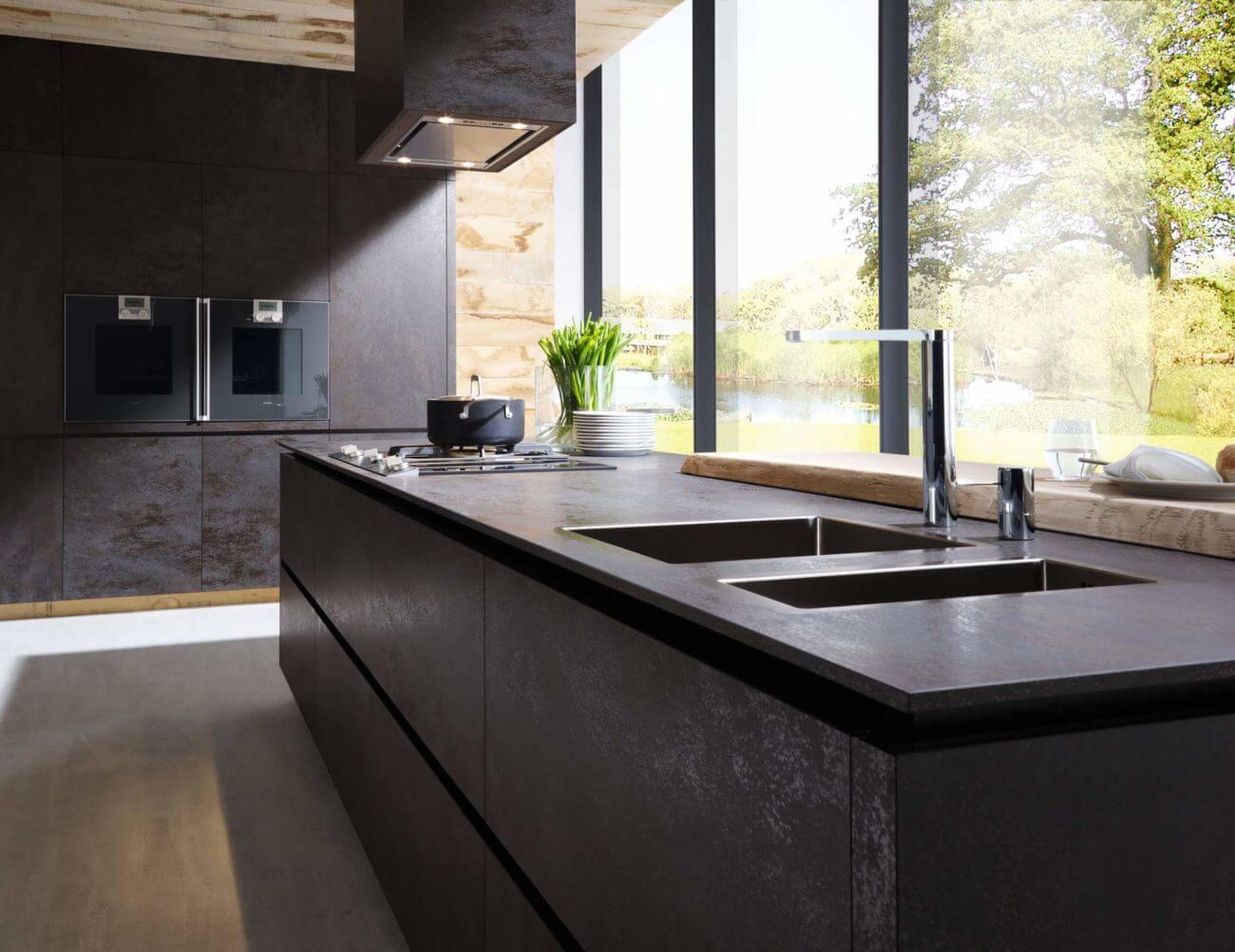 Küche mit Arbeitsplatte aus Keramik. Foto: Alno