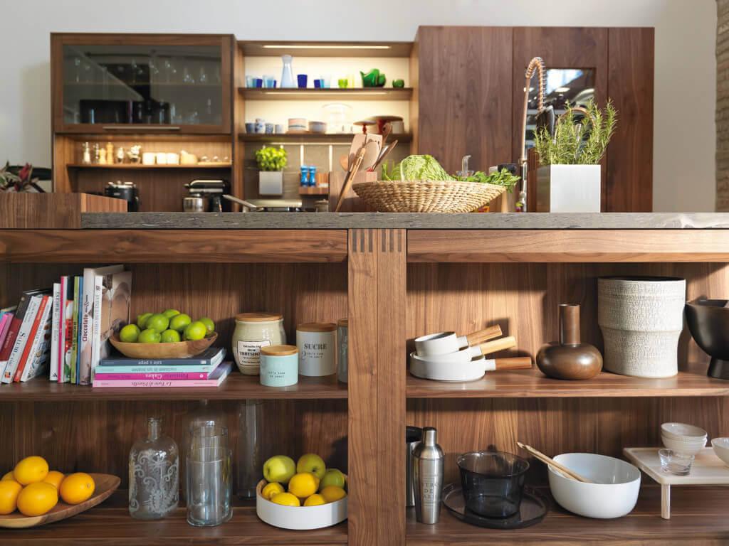 Loft Küche im Landhausstil; Foto: Team 7