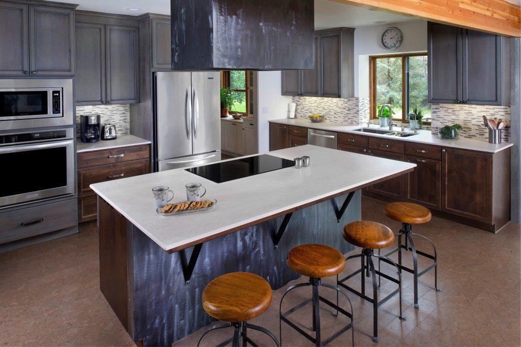 Moderne Design Küche mit Arbeitsplatte aus Dekton; Foto: Dekton Consentino