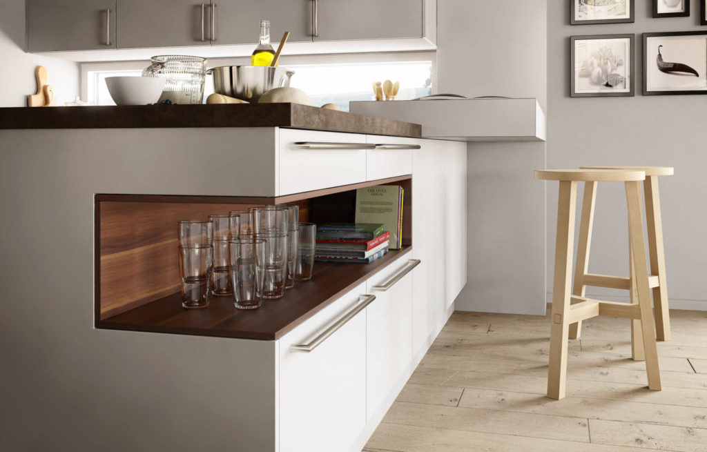 Küche mit Griffen und Holz-Elementen von Goldreif Profile; Foto: Goldreif
