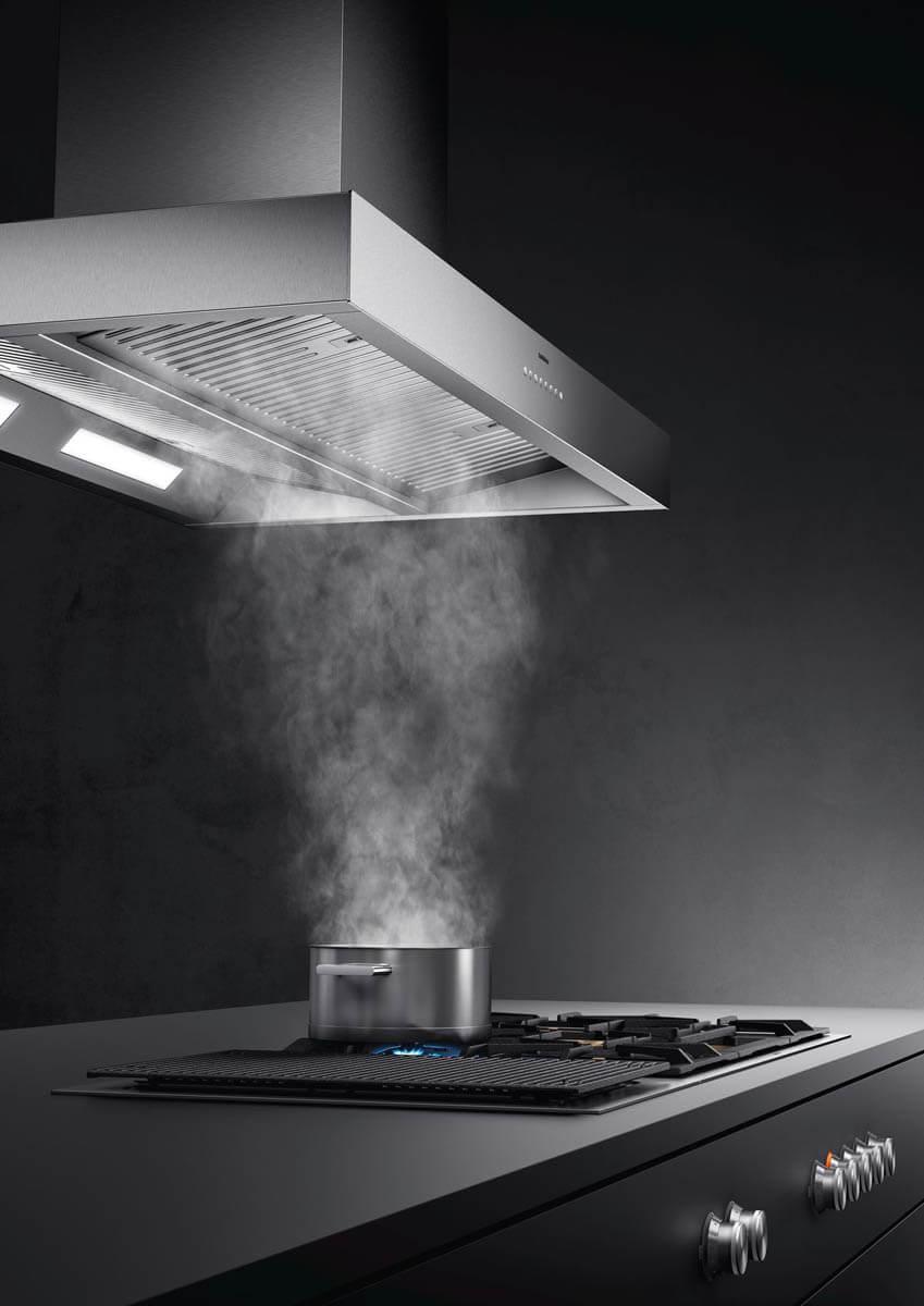 Der Dunstabzug AI 442 ist für den Einsatz über Kücheninseln konzipiert (Inselhaube). Foto: Gaggenau