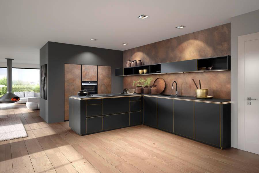 """Dunkle Küche in L-Form mit grauen und schwarzen Fronten (""""Flair schwarz"""" und """"Ferro Cortenstahl""""). Foto: Nolte"""