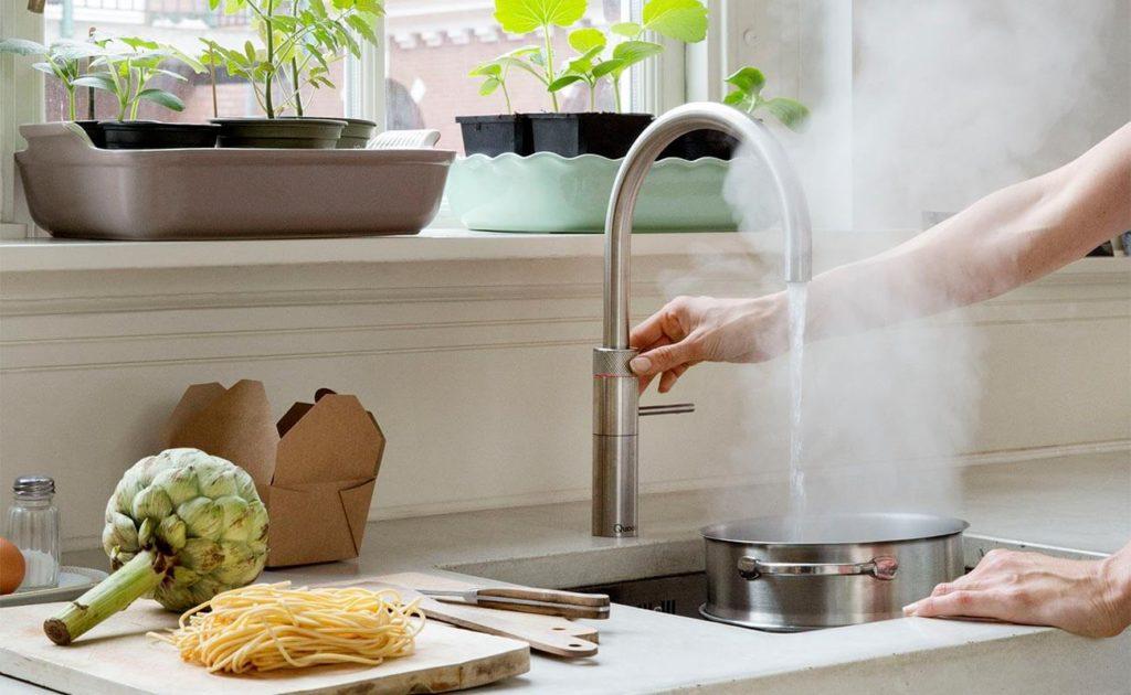 Kochendes Wasser aus dem Wasserhahn; Foto: Quooker