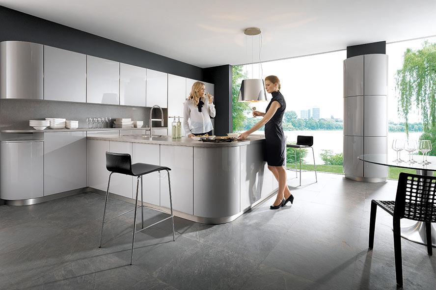 G-Küche in rundem Design Foto: elementa