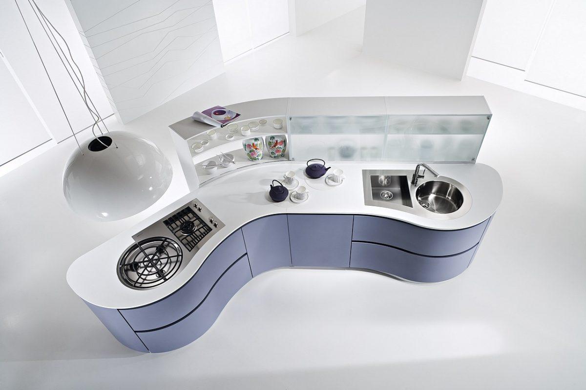 Alleinstehende Küche in extravagantem Design Foto: Runde Küchen