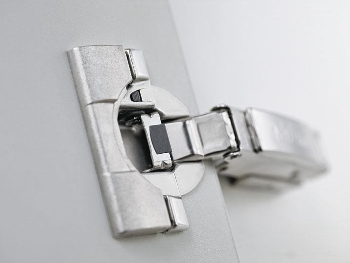 """Scharniersystem """"CLIP top BLUMOTION"""" von Blum; Foto: Julius Blum GmbH"""