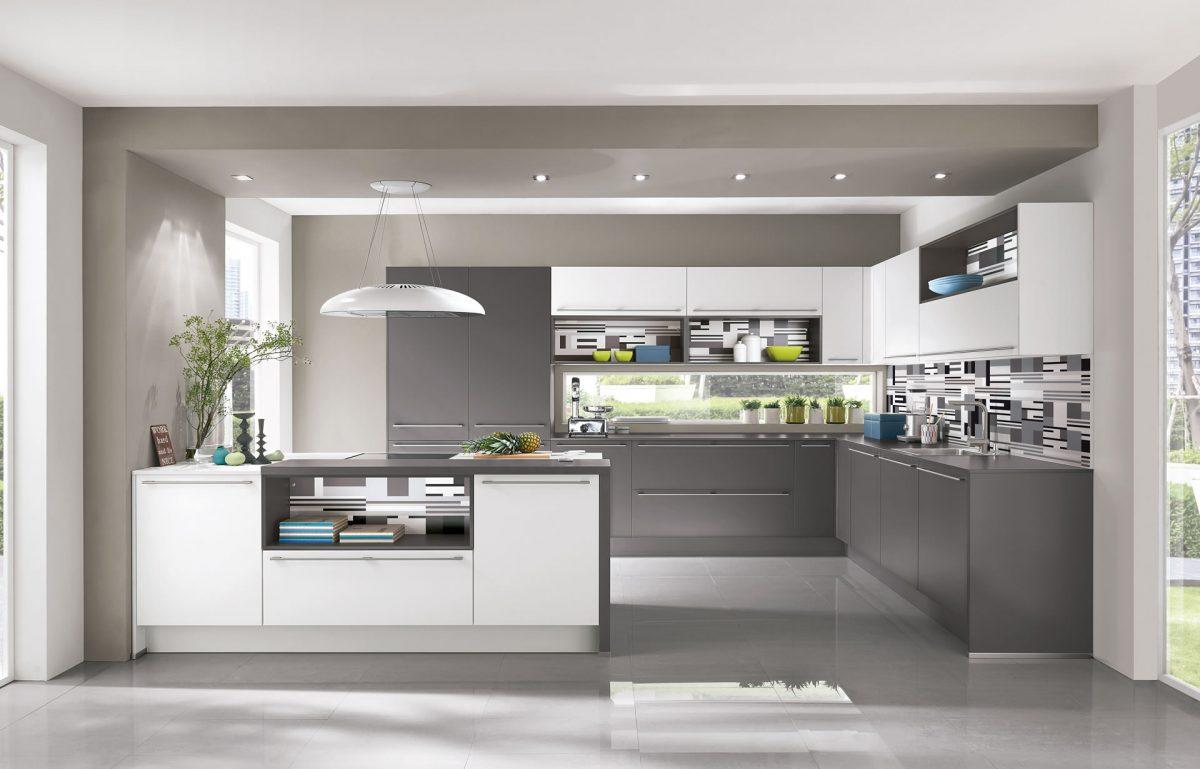 In dieser Nobilia Küche sorgen ebenfalls Spots für die Grundbeleuchtung; Foto: Nobilia
