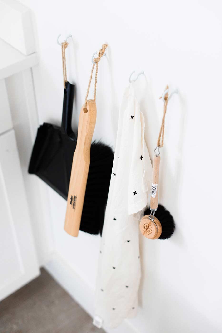 Küche putzen - So reinigst du Backofen, Arbeitsplatten & Co ...