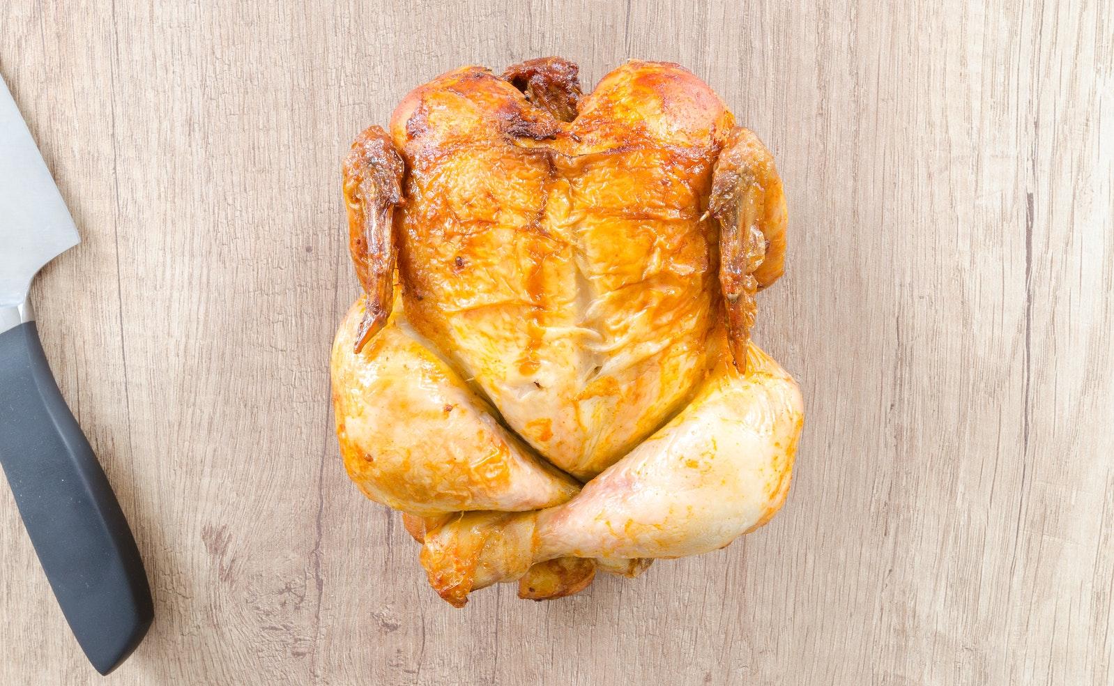 Brathuhn im Ofen zubereiten: Wie lange braucht ein Hähnchen im Backofen?