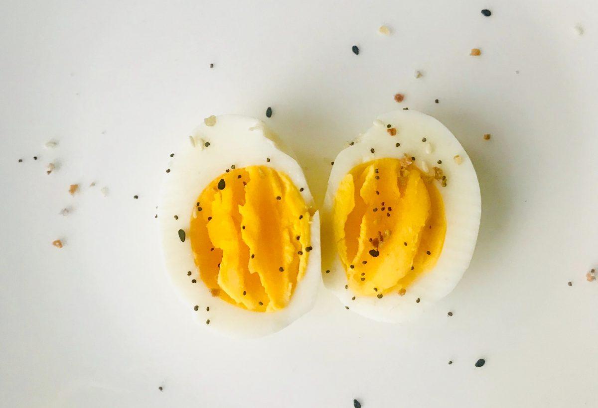 Wachsweiche Eier sind in der Regel zwischen 6 und 7 Minuten gar