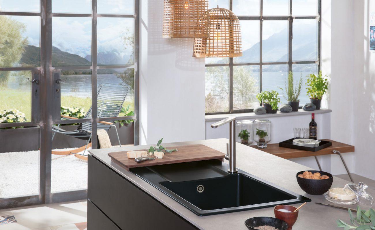 Schwarze Spüle: Küchenspülen in der dunklen Trendfarbe - Küchenfinder