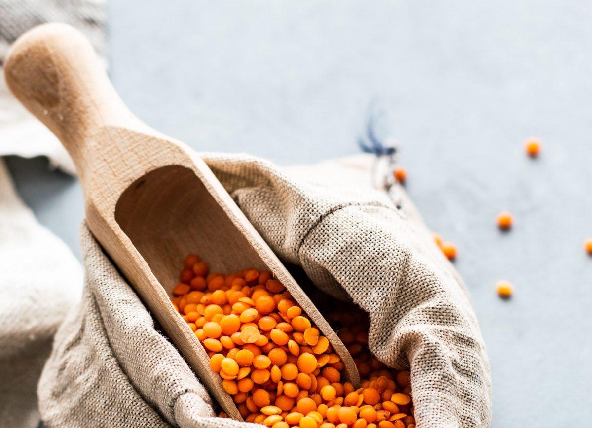 Linsen und Hülsenfrüchte auf Vorrat kaufen
