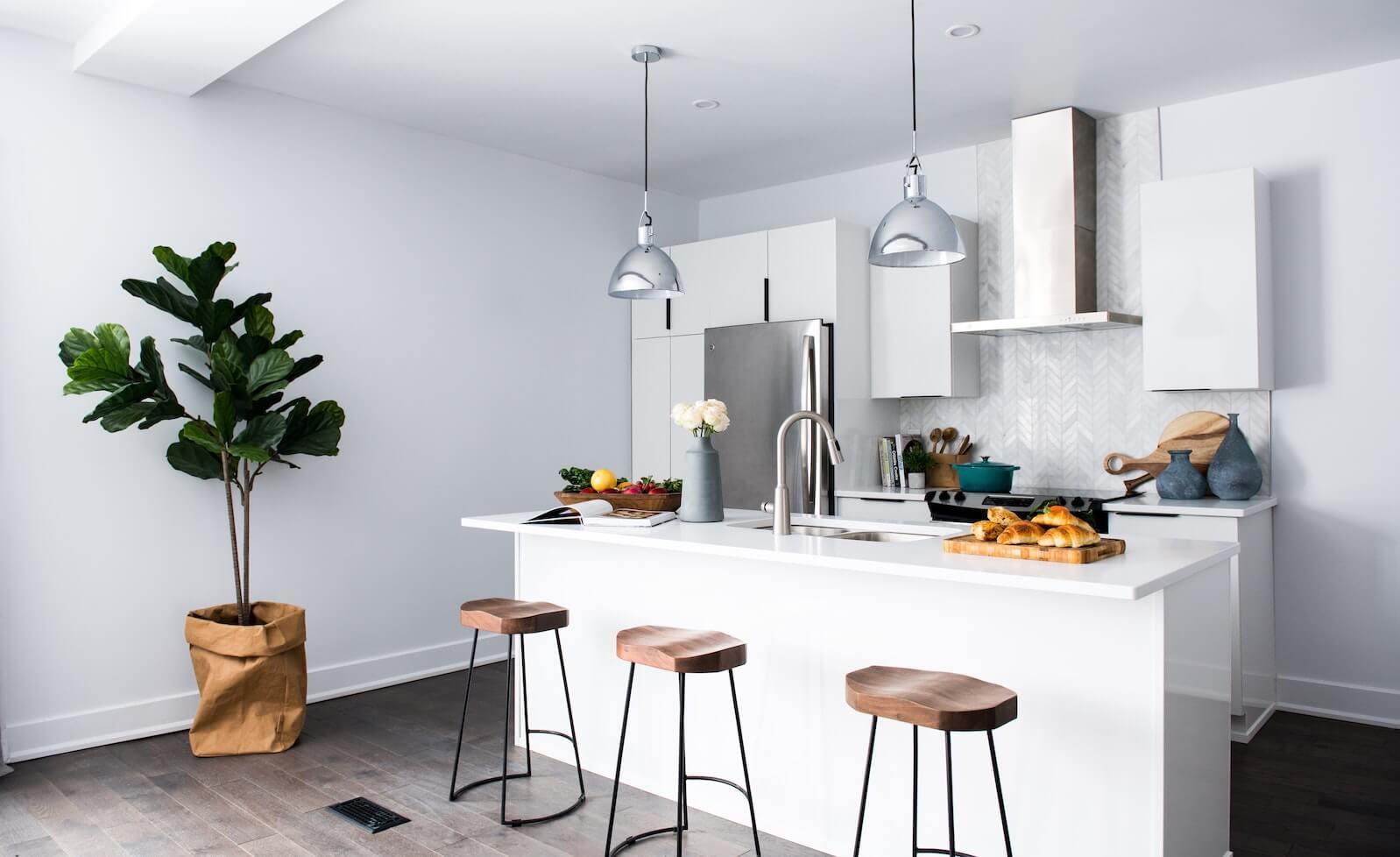 Thekenhöhe: Wie hoch ist eine normale Bar? - Küchenfinder