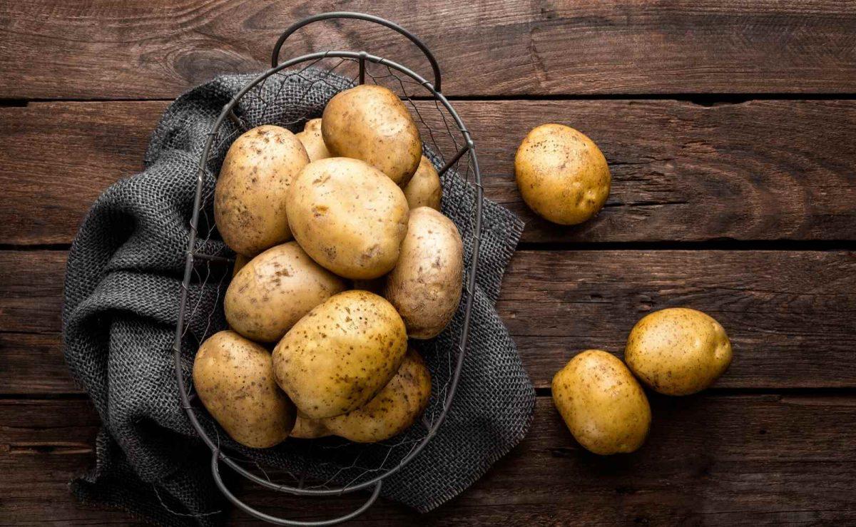 Kartoffeln am besten in einem Jutesack oder in einer Holzkiste lagern