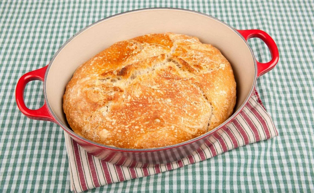 Brot in Emaille Topf backen