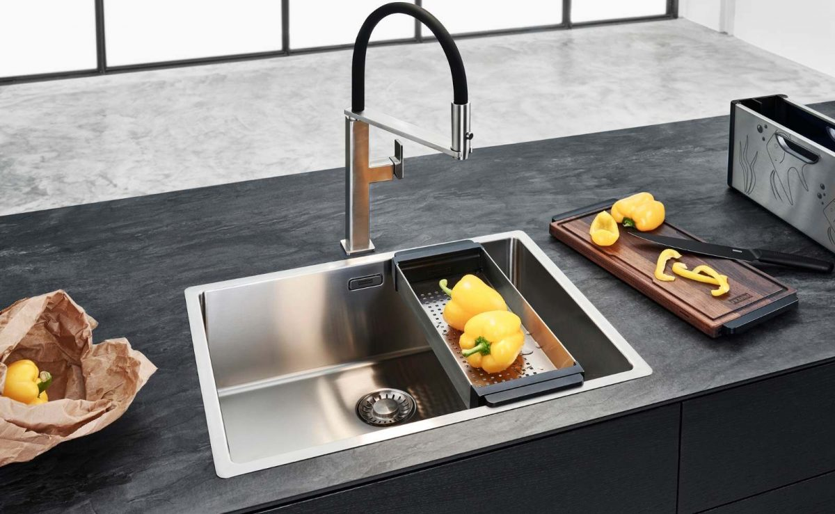 Andy Chef von Franke ist eine formschöne und kompakte Lösung für die gut organisierte Küche: Es bündelt zentral die wichtigsten