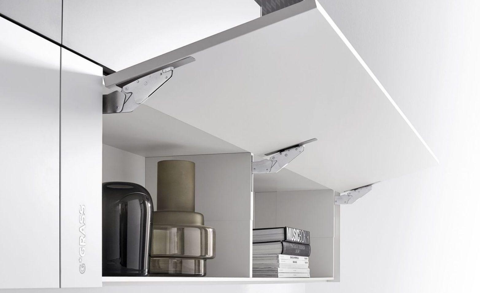 Das Klappensystem Kinvaro T-Slim eignet sich für Küche, Wohnzimmer und Bad gleichermaßen; Foto: Grass