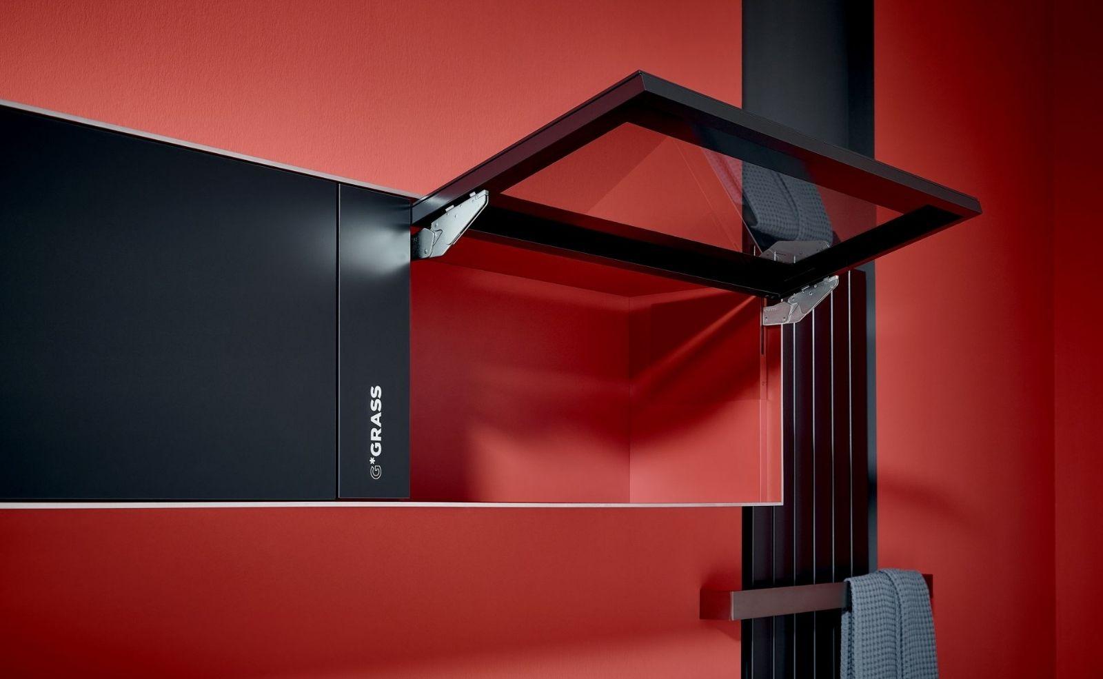 Kinvaro T-Slim Design Rot Schwarz