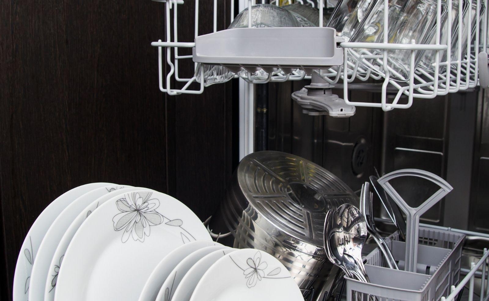 Geschirrspüler Spülmaschine Wärmetauscher reinigen