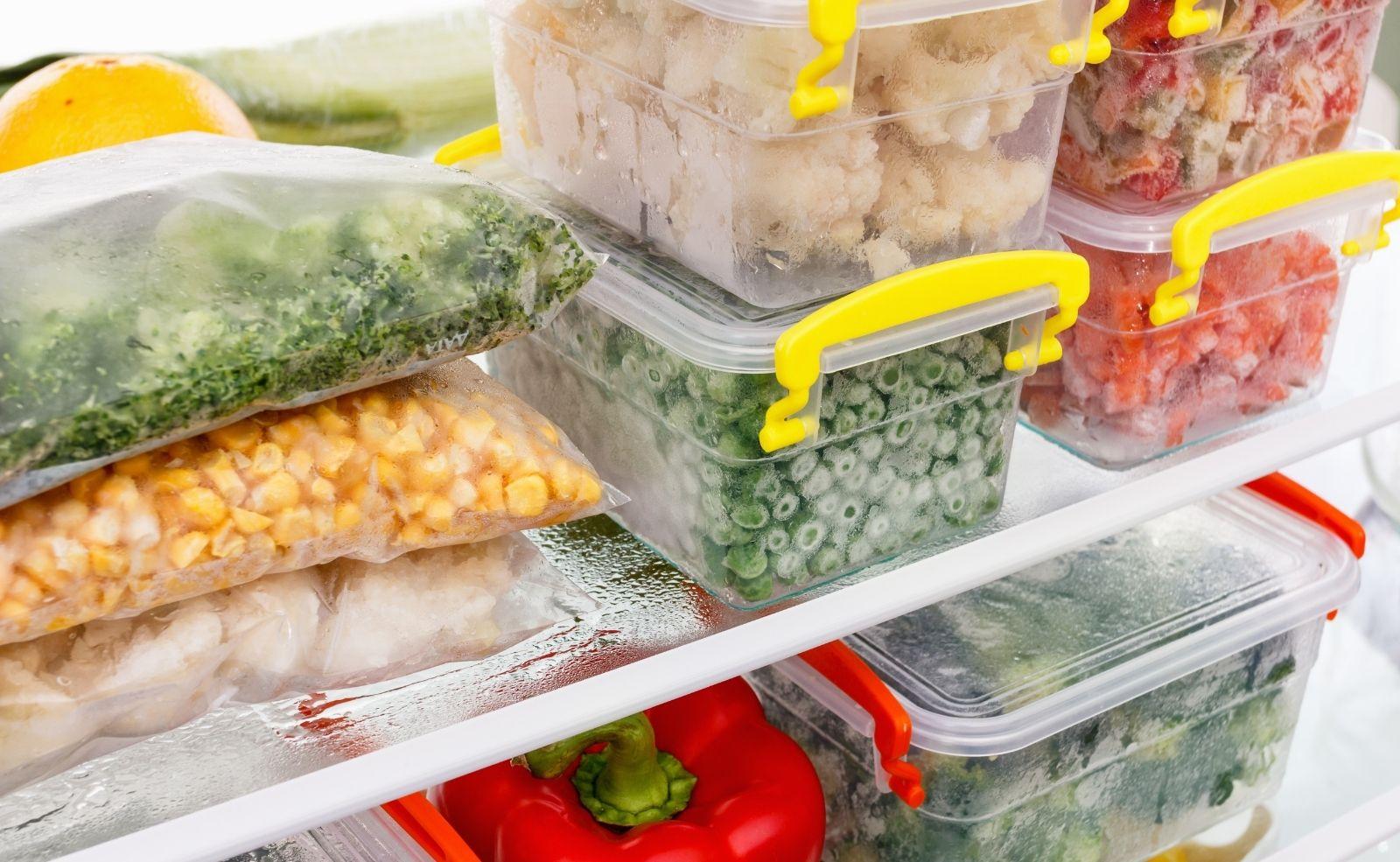 Warum darf man aufgetautes Essen nicht wieder einfrieren?