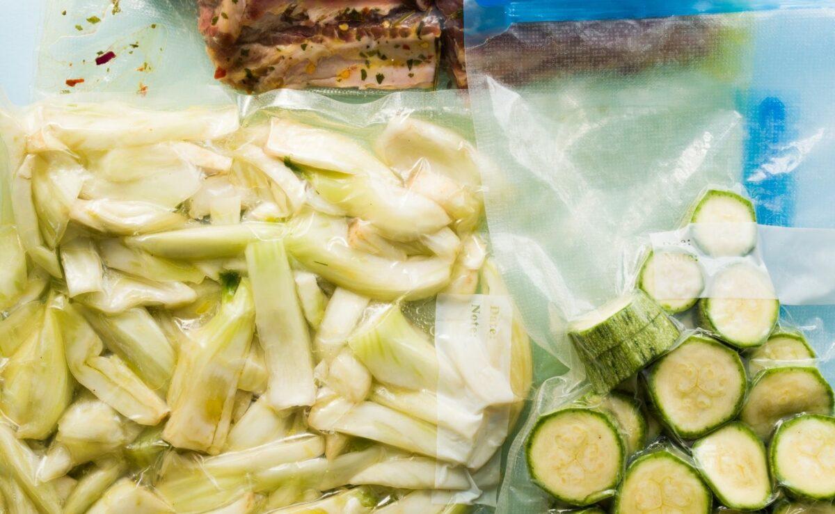 Sommer aus dem Gemüse vakuumieren und für die kalten Monate konservieren